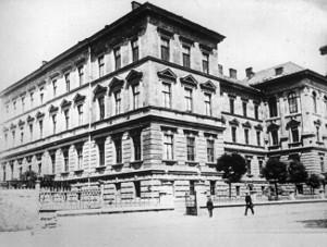Budynek Collehium Medicum przy ulicy Grzegórzeckiej 16
