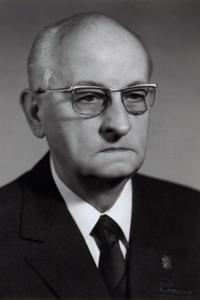 prof. Stefan Schwarz